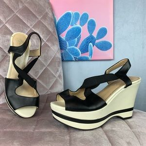 Marc Fisher White & Black strappy Wedges Size 7